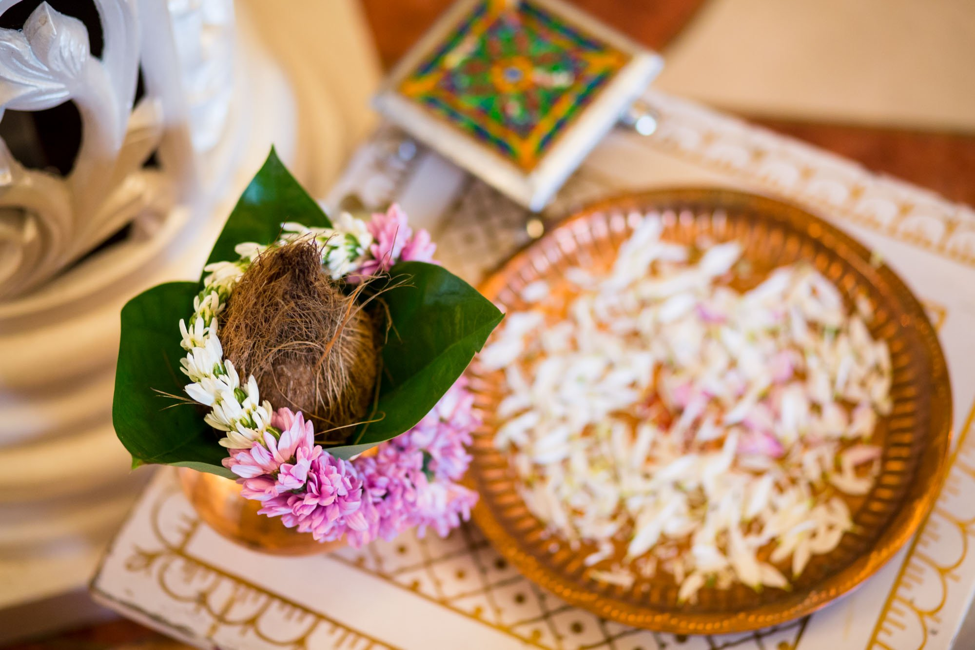 Indian wedding photographer Hertfordshire, Bhaktivedanta Manor