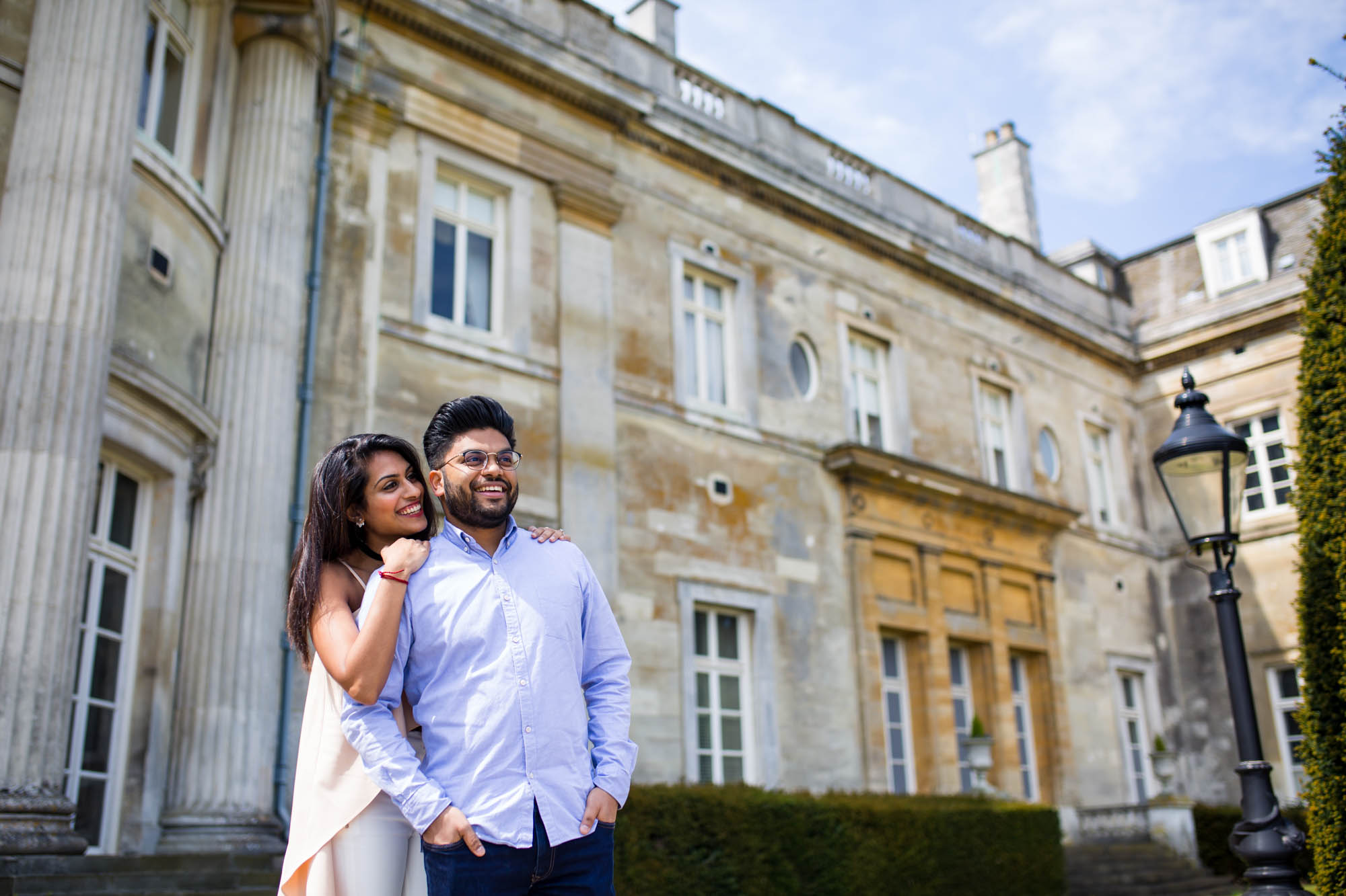 Bedfordshire wedding photographer, Luton Hoo, what to wear to your engagement shoot