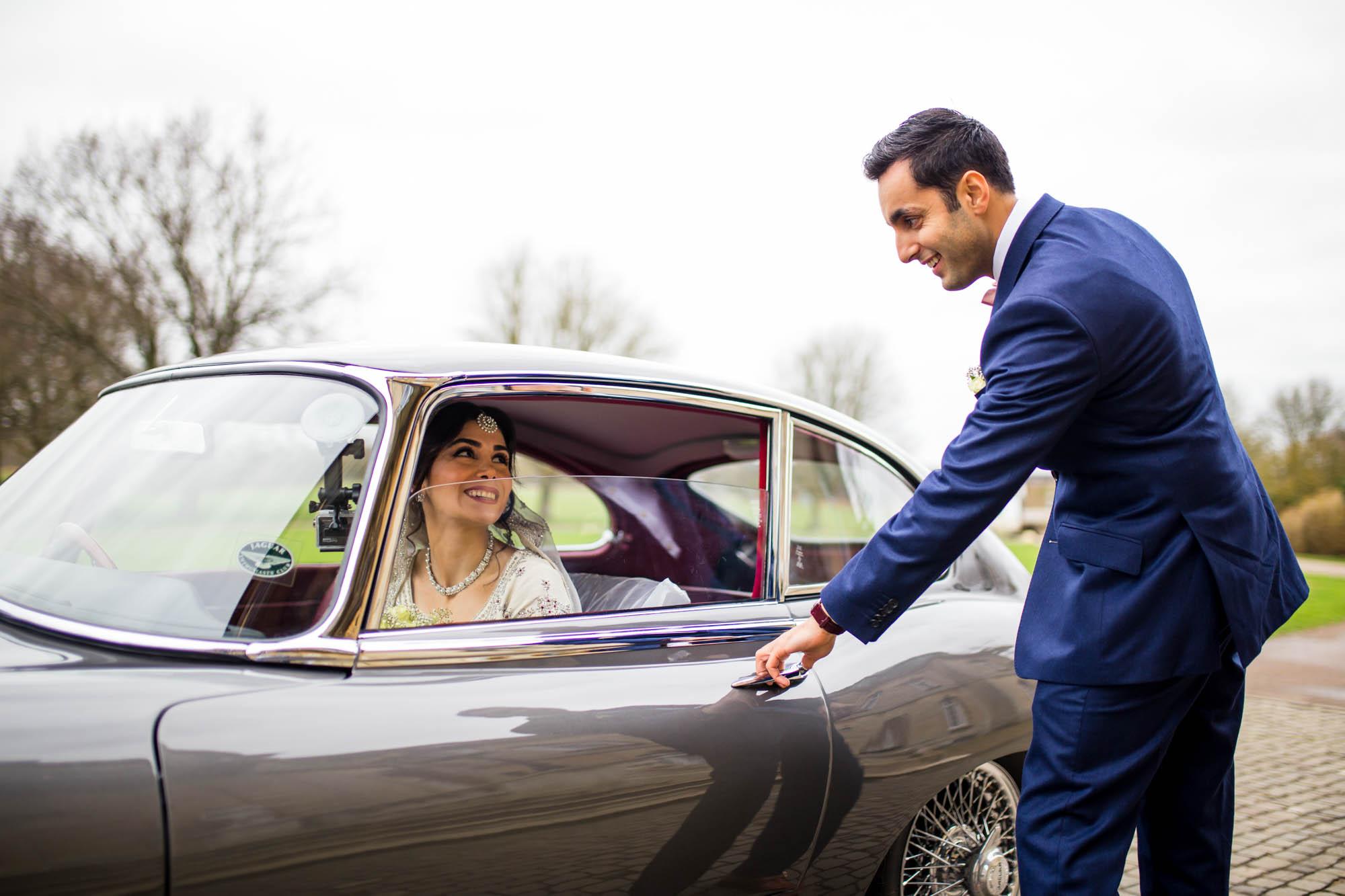 Natural wedding photographer, Wrest Park, Bedfordshire