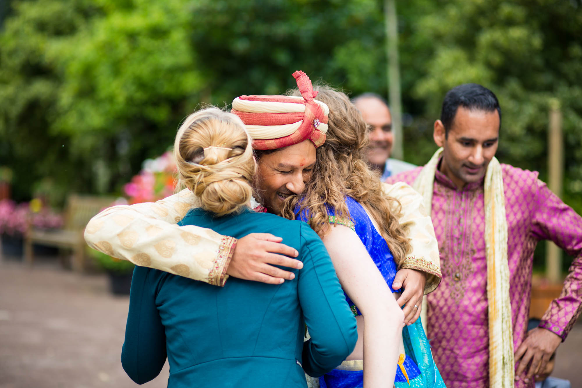 Indian wedding photographer Hertfordshire, Bhaktivedanta Manor