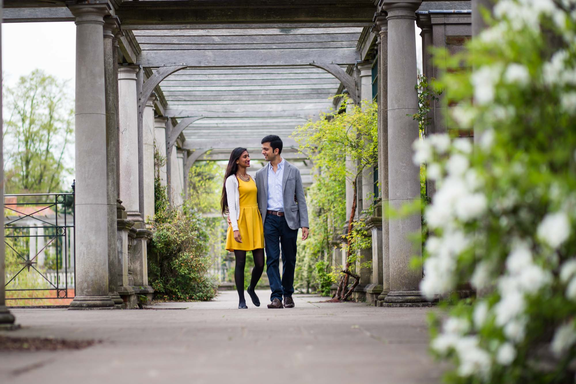 Pre-wed photography London, pergola and hill gardens