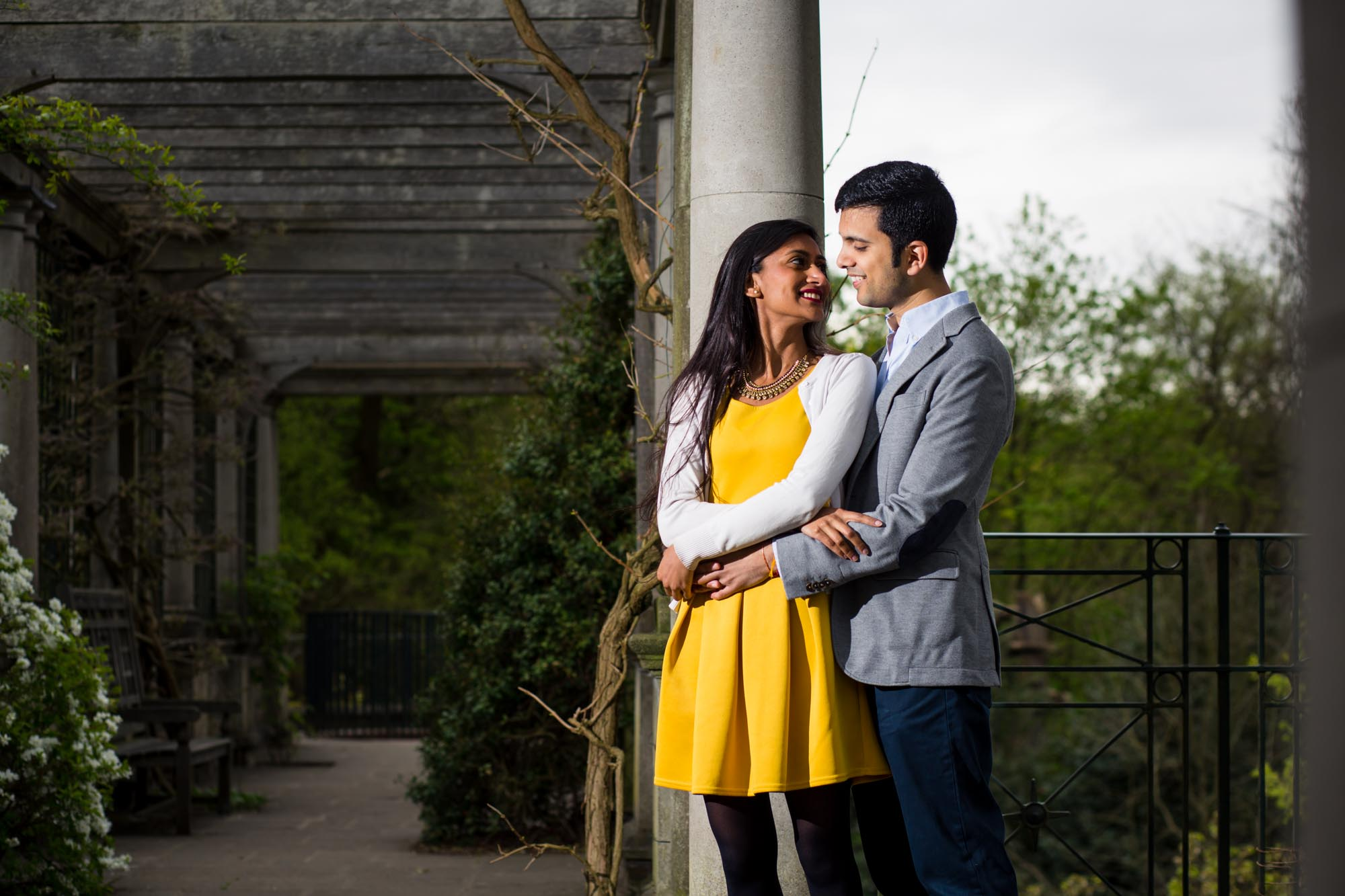 pre-wed shoot in london, pergola and hill gardens