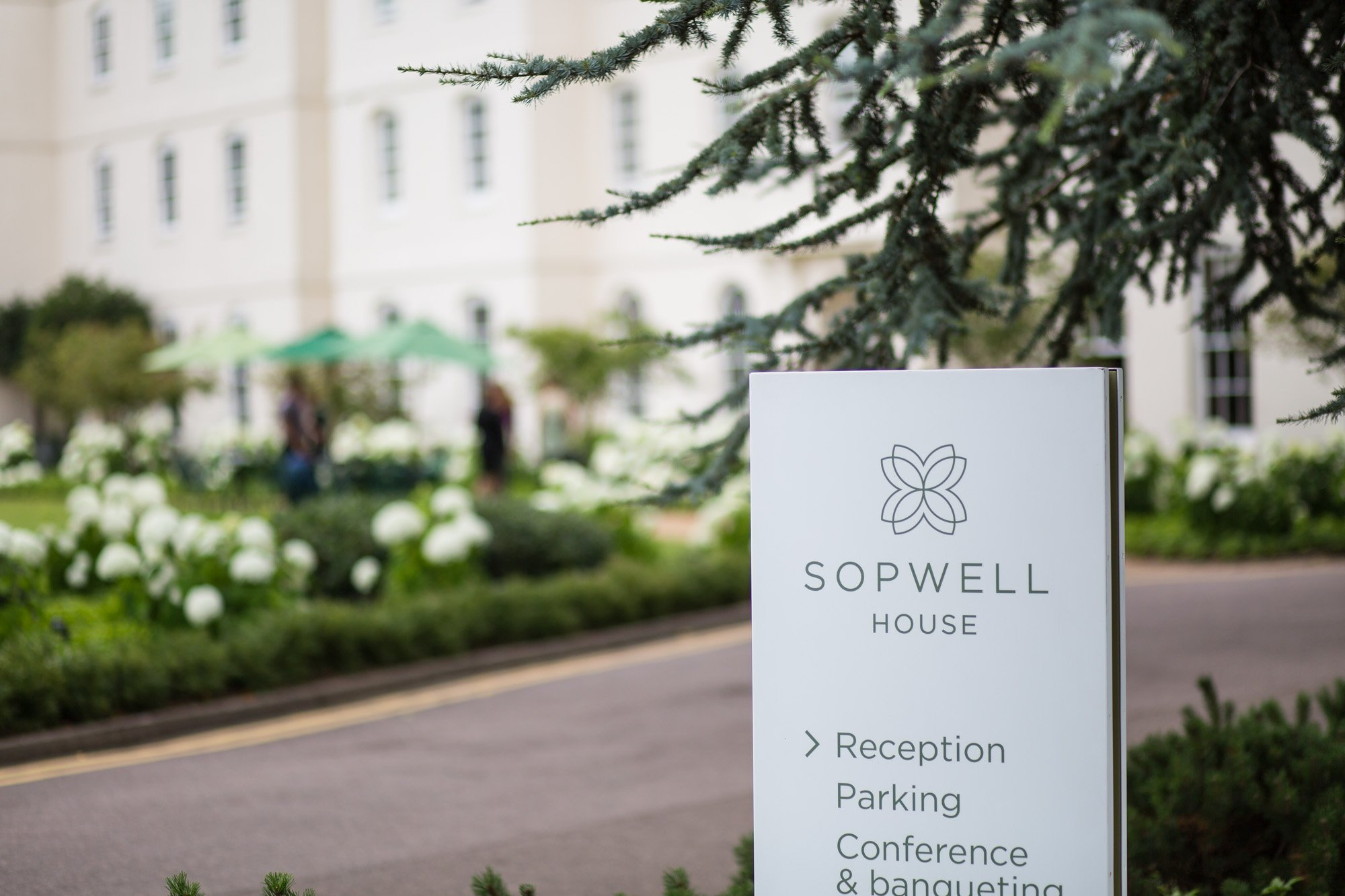 Hertfordshire wedding photographer, Sopwell House, St Albans