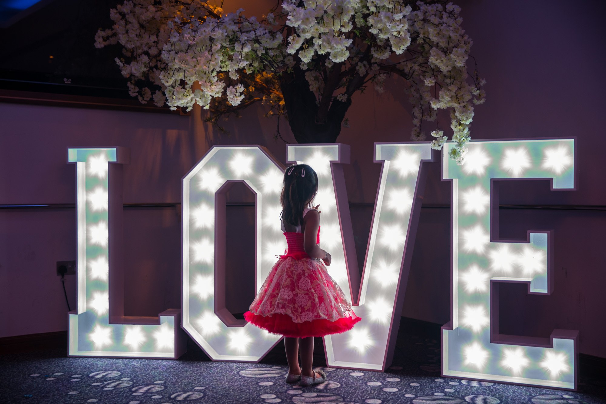 Riverside Venue, London, creative wedding photographer