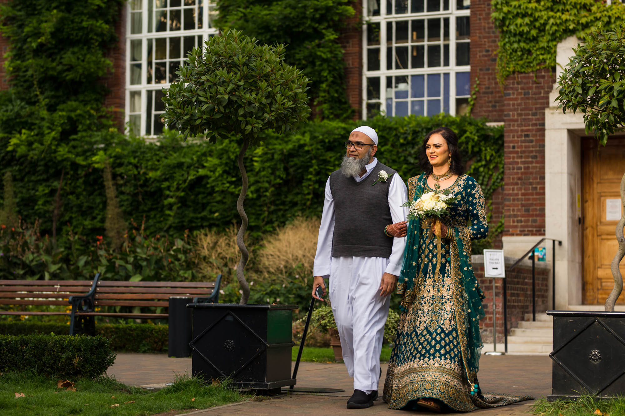 Indian wedding photographer in London, Regents University London, bride arrival