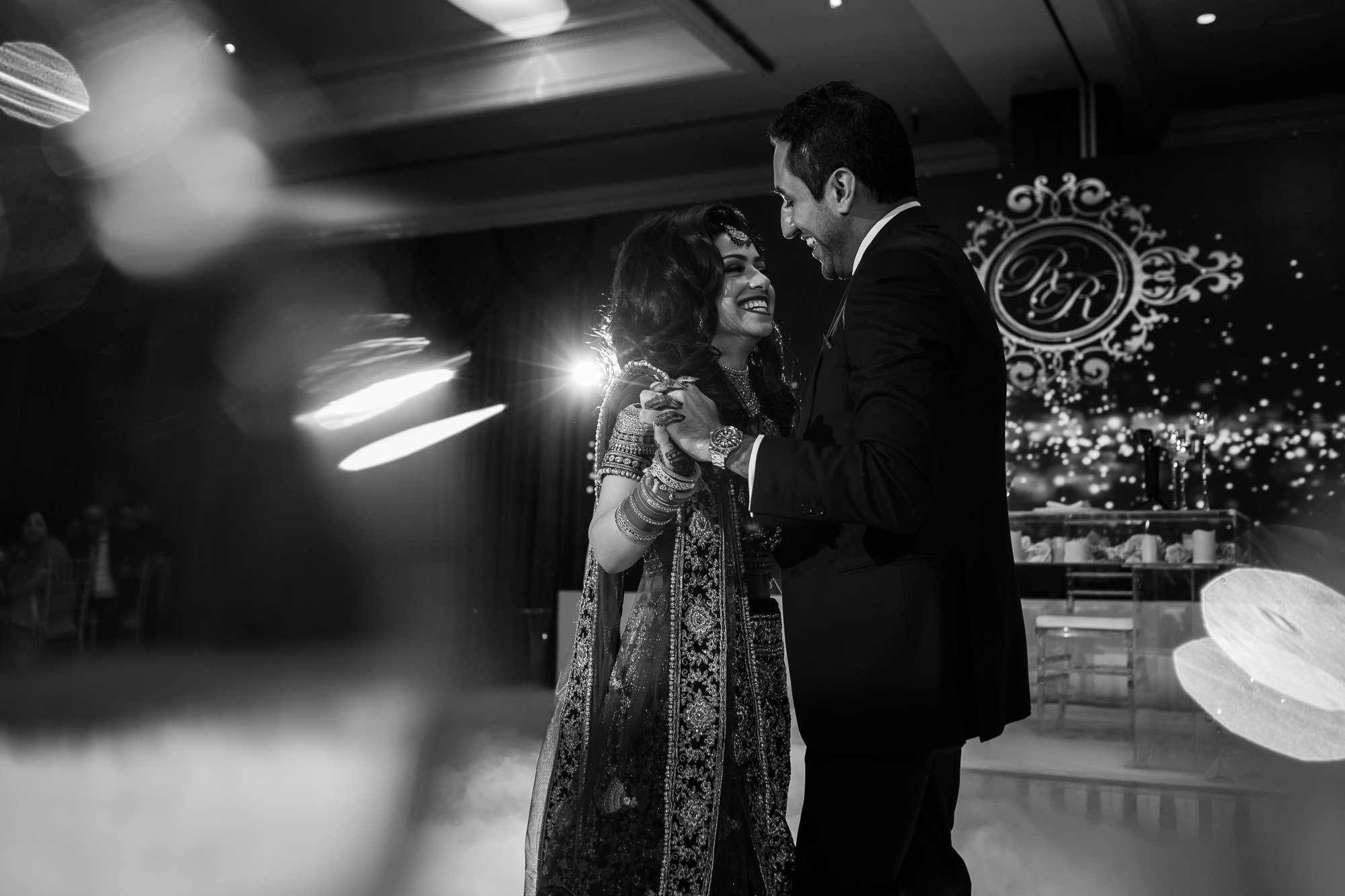First dance, Radisson Blu Edwardian Heathrow, Hindu wedding photographer