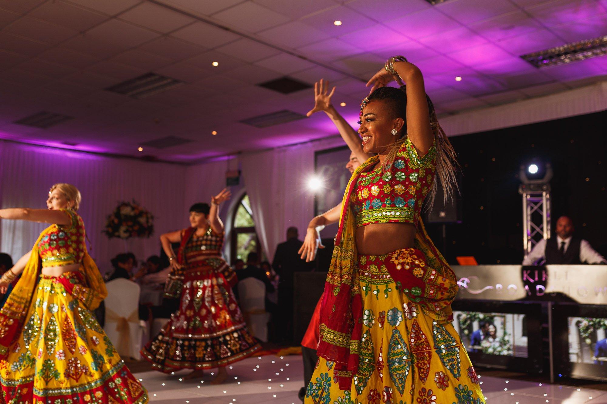 Dunchurch Park Hotel, Midlands Asian Wedding Photographer, dance performance