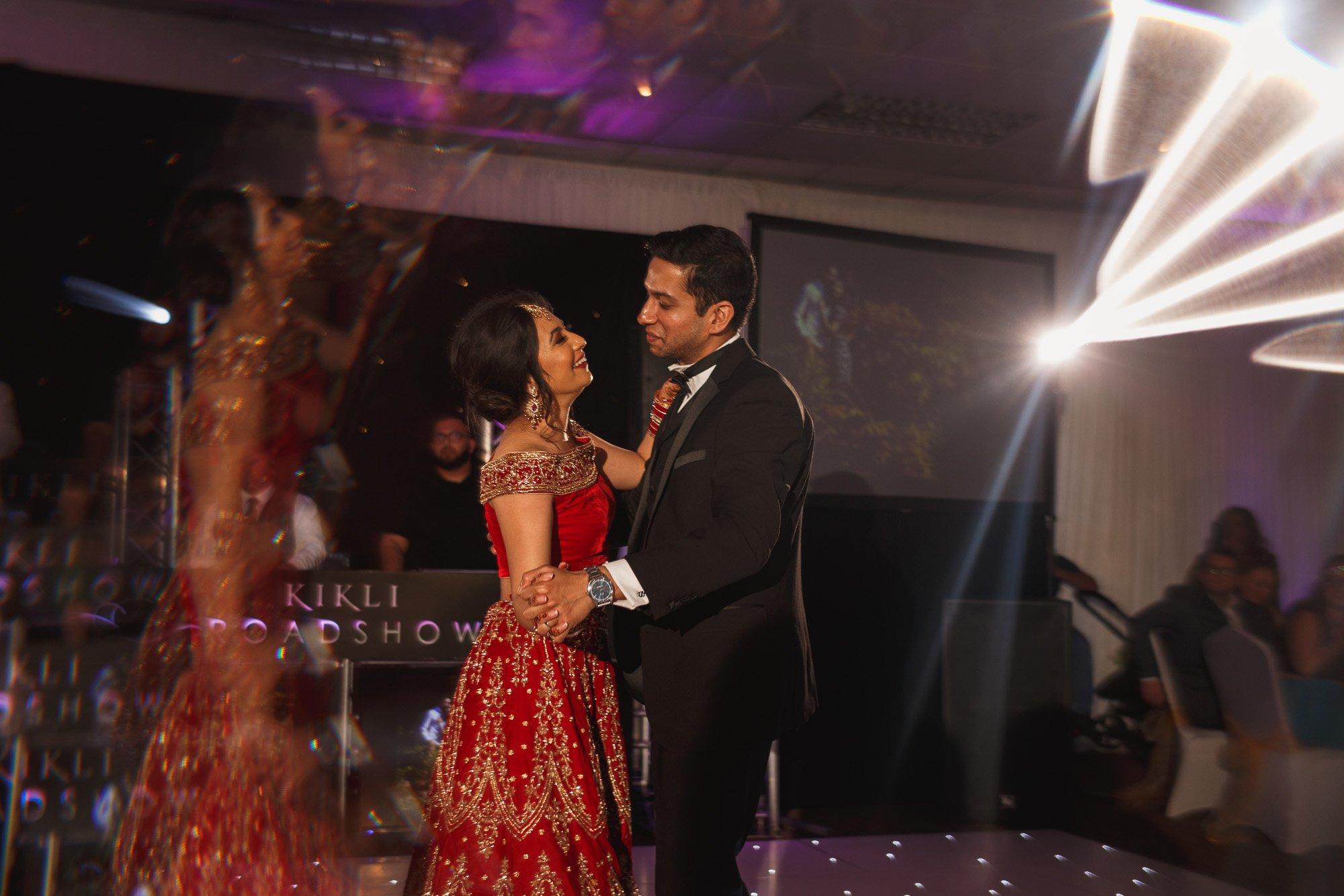 Dunchurch Park Hotel, Midlands Asian Wedding Photographer, first dance