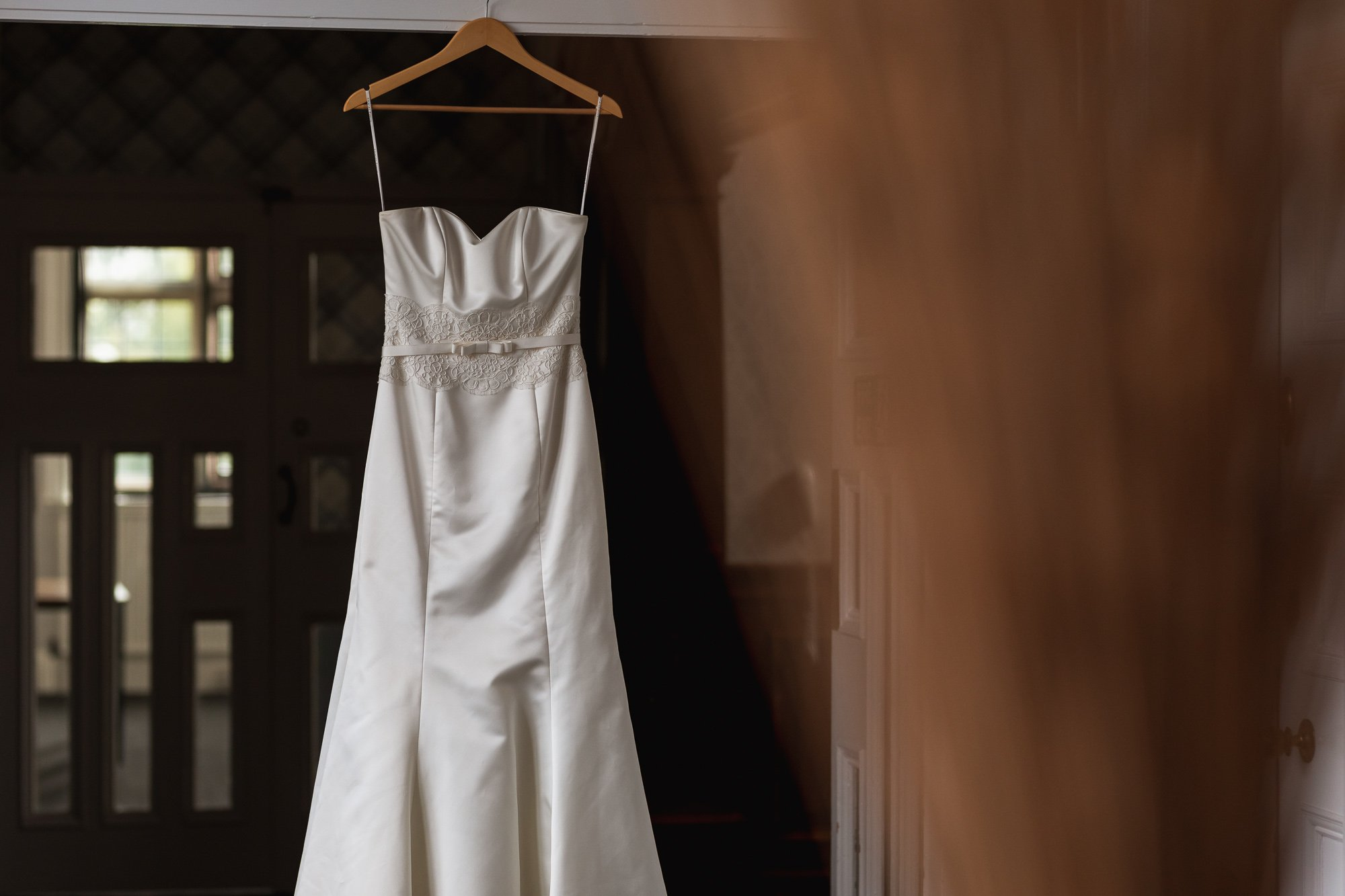 Dunchurch Park Hotel, Asian wedding photographer Midlands, wedding dress