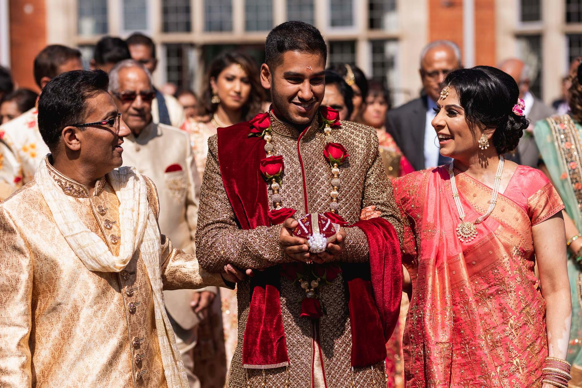 Dunchurch Park Hotel, Asian wedding photographer Midlands, jaan arrival