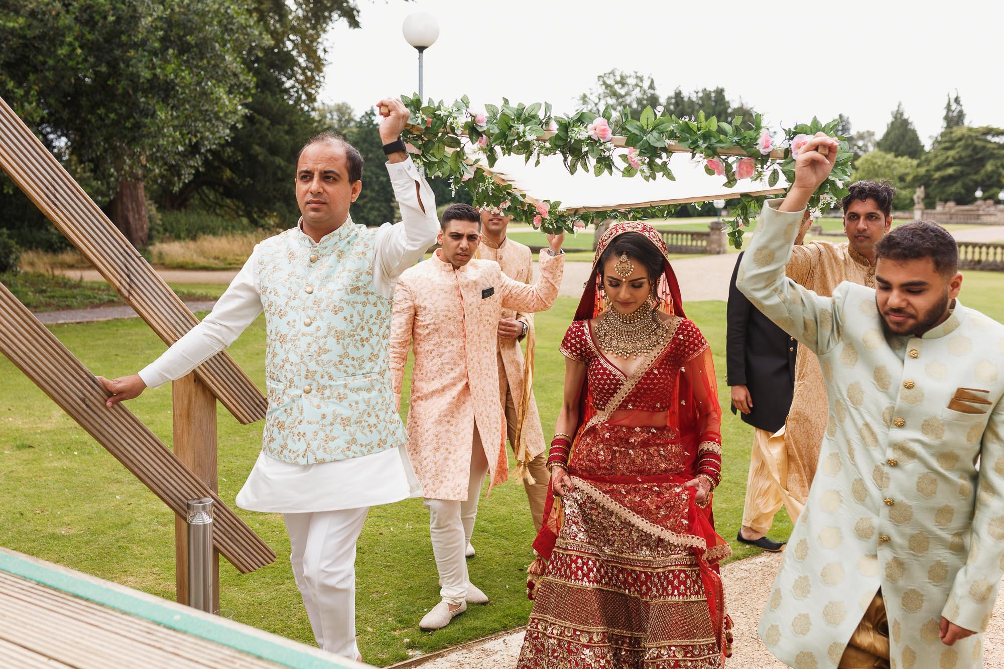 Heythrop Park Hotel, Oxfordshire, brides entrance, dholi