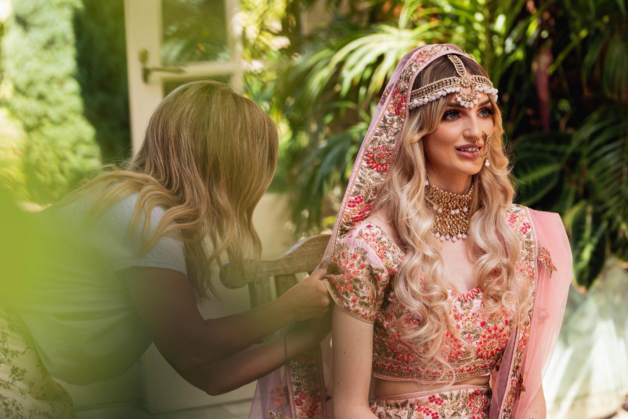 Euridge Manor, Cotswolds, Indian bride getting ready, Asian Wedding Photography