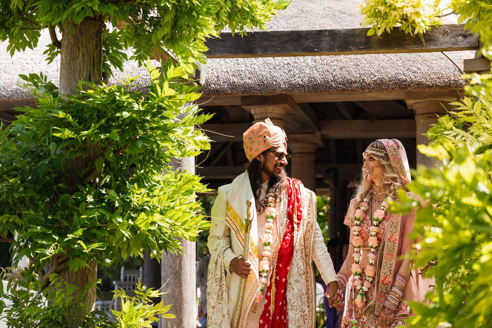 Euridge Manor, Cotswolds, Hindu wedding ceremony, Vidai, Asian Wedding Photography