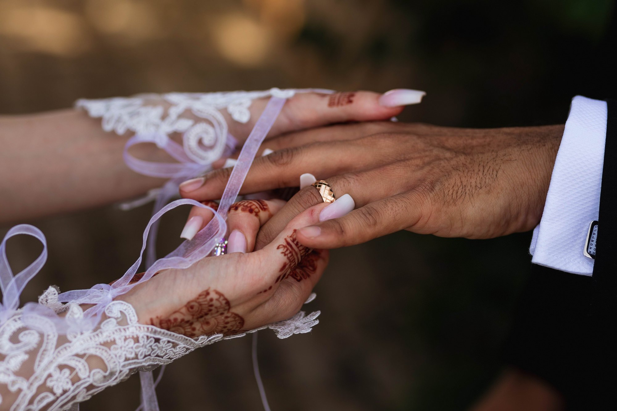 Euridge Manor, Cotswolds, civil ceremony, bride and groom, Exchange of rings, Cotswolds wedding photographer